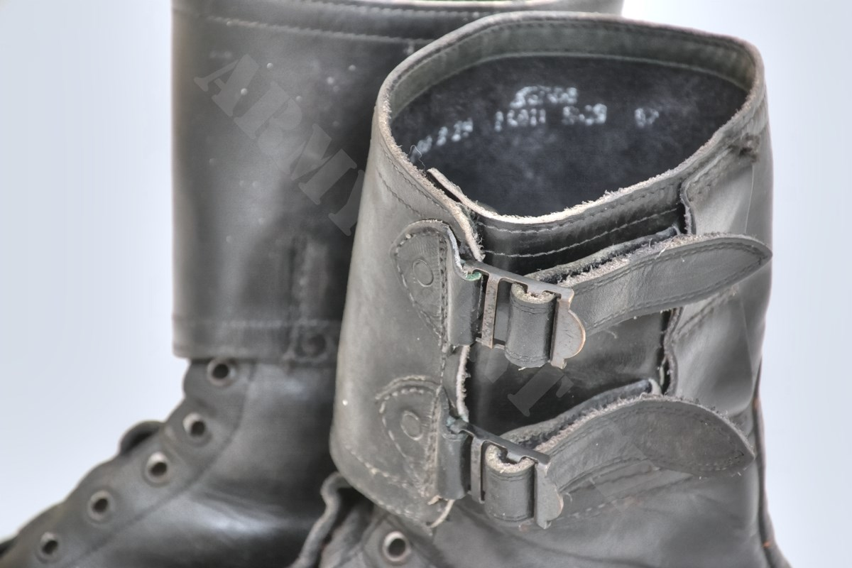 Double Buckle Black Leather Boots. 06_boty_vzor_60_kanady_pouzite