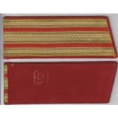 Nárameník 6 - zlatý, rámovaný červeně + 2 x červený pruh - Major, PodPlukovník